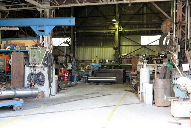 工場や倉庫で不要になった機械の処分方法は?